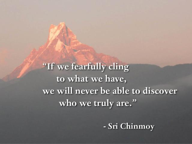 meditacao-guiada-if-we-fearfully-cling-to-what-we-have